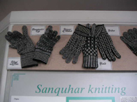 サンカ手袋 Sanquhar gloves